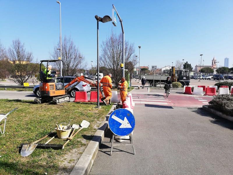 Attraversamenti pedonali Adriatica – via Cesenatico: al via i lavori