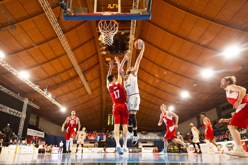 Basket, i Tigers asfaltano il Piacenza FOTO