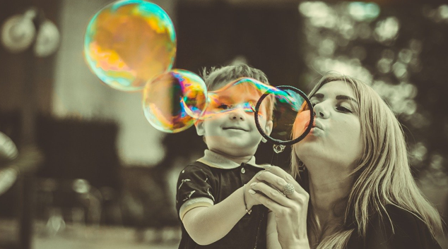 Il passatempo: come fare le bolle di sapone in casa