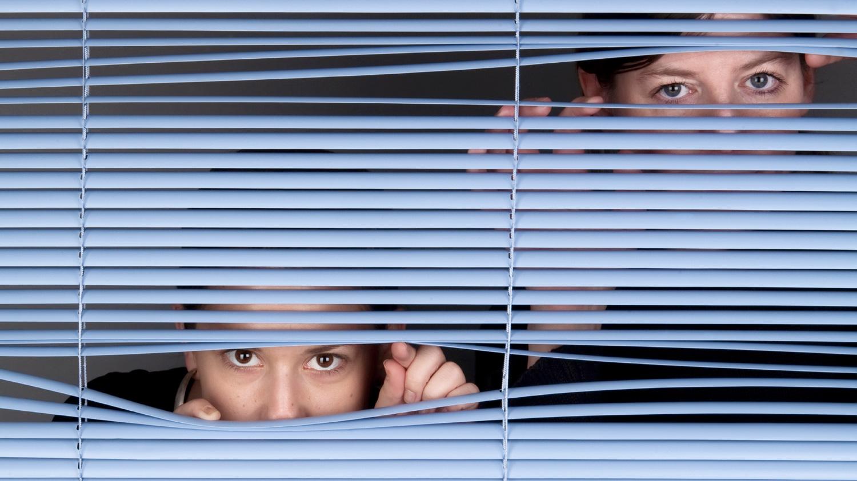 Stiamo diventando un popolo di spioni