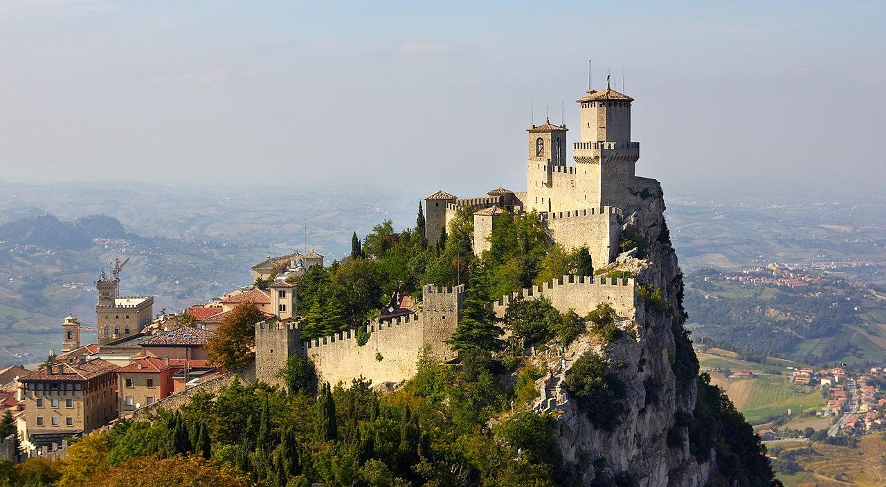 Stop alla movida anche a San Marino, da oggi decide la Gendarmeria