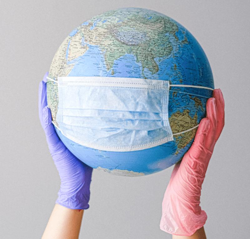 Mascherina, gel e guanti: come proteggere la pelle