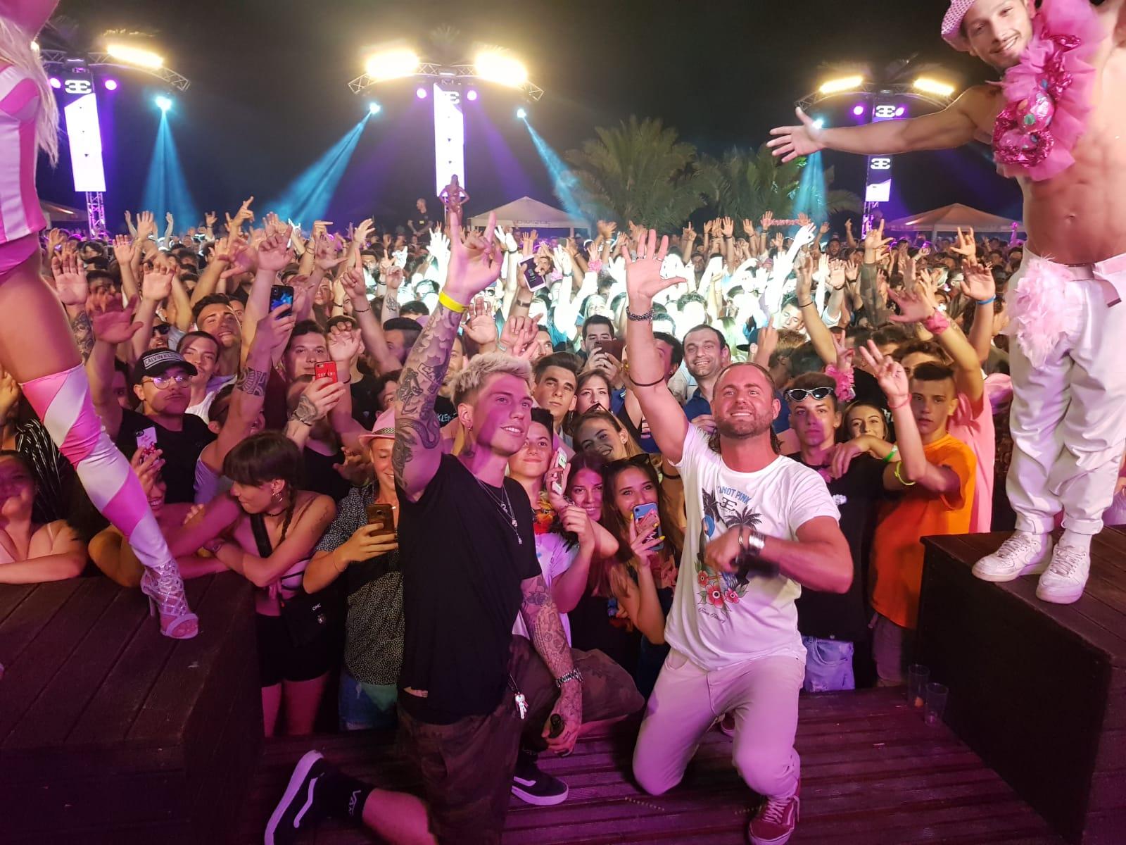 Pericolo assembramenti, il Papeete Beach rinuncia alle feste serali