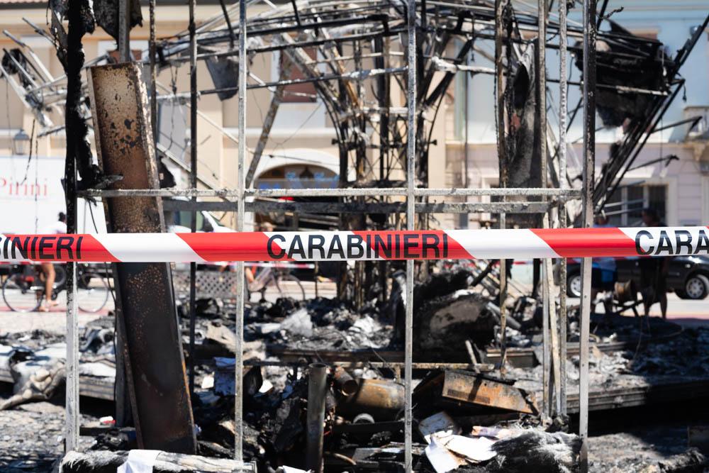 """Incendio alla giostra, M5S: """"Uno schiaffo a tutta la città"""""""