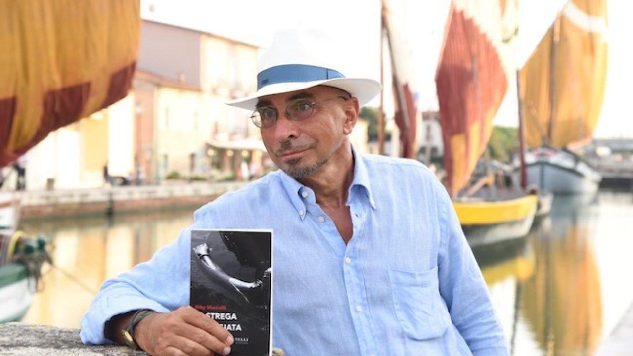 Libri, Niky Marcelli torna (in vacanza) sul luogo del delitto