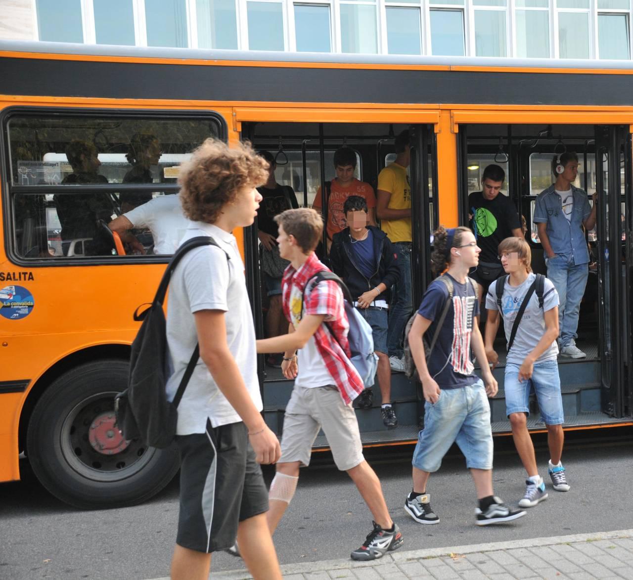 Trasporto scolastico, in Regione 272 autobus in più. Basteranno?