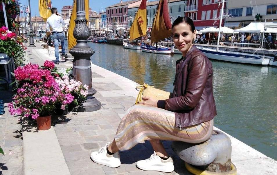 Parrucchiera di Cesenatico regala shampoo e creme a 50 donne
