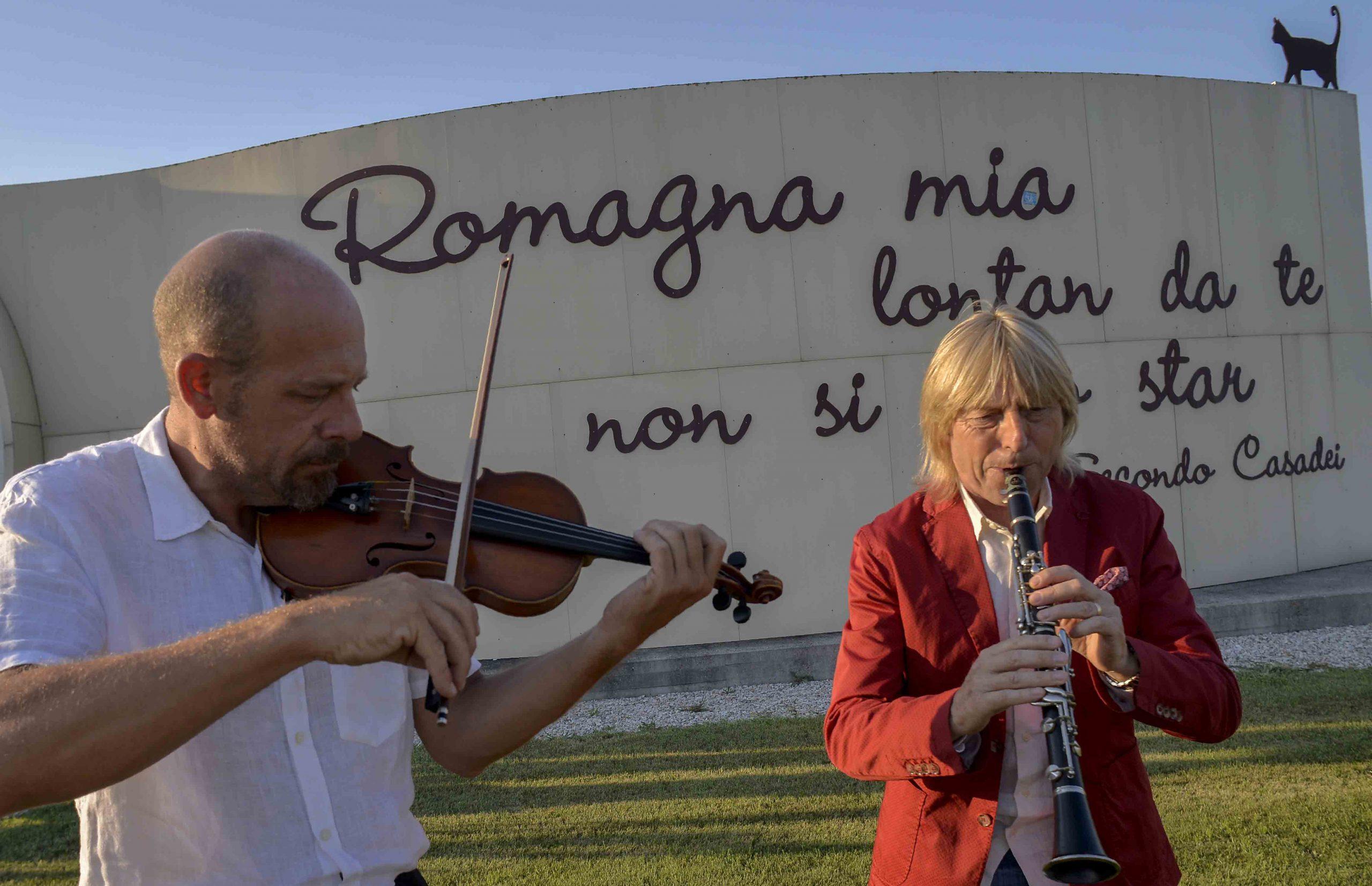 La storia della musica romagnola dal liscio a Raoul Casadei