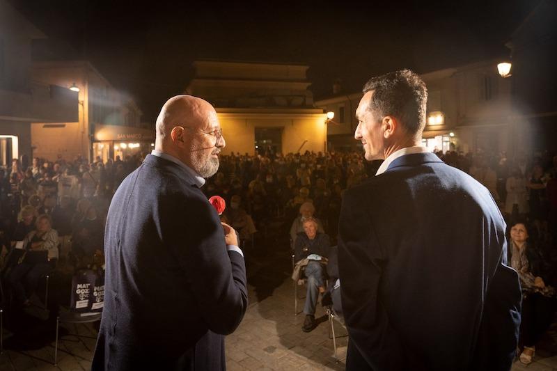 Gozzoli e Bonaccini ancora insieme: 400 persone a Cesenatico
