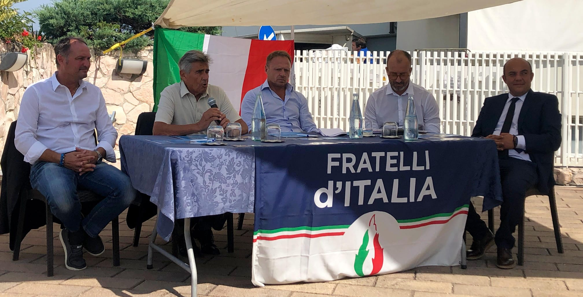 """Fratelli d'Italia: """"E' arrivato il momento di levare l'ancora"""""""
